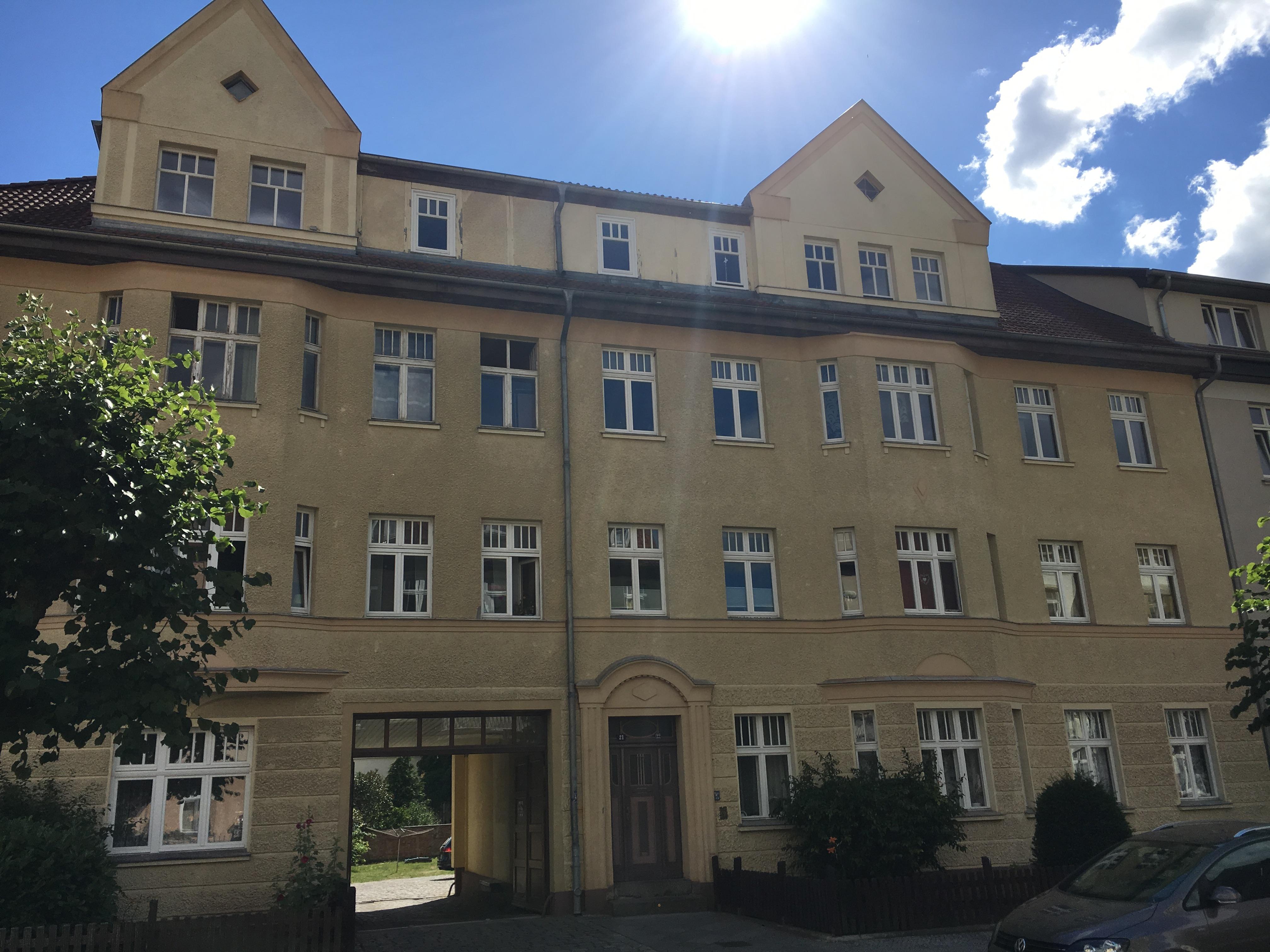 Twachtmannstraße 21, 22