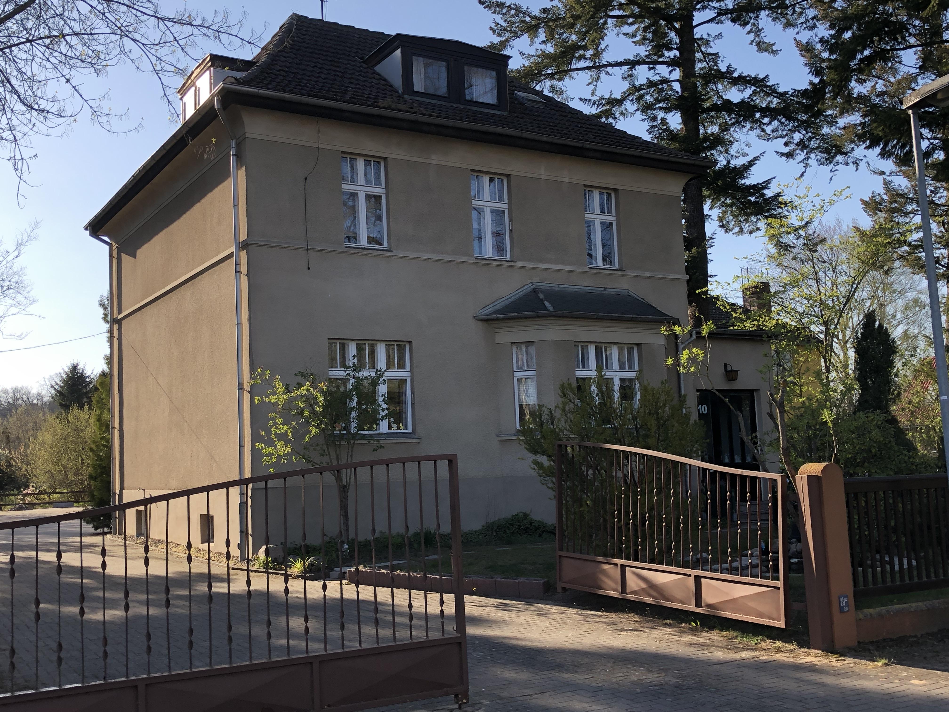 Buergerhorststraße 10