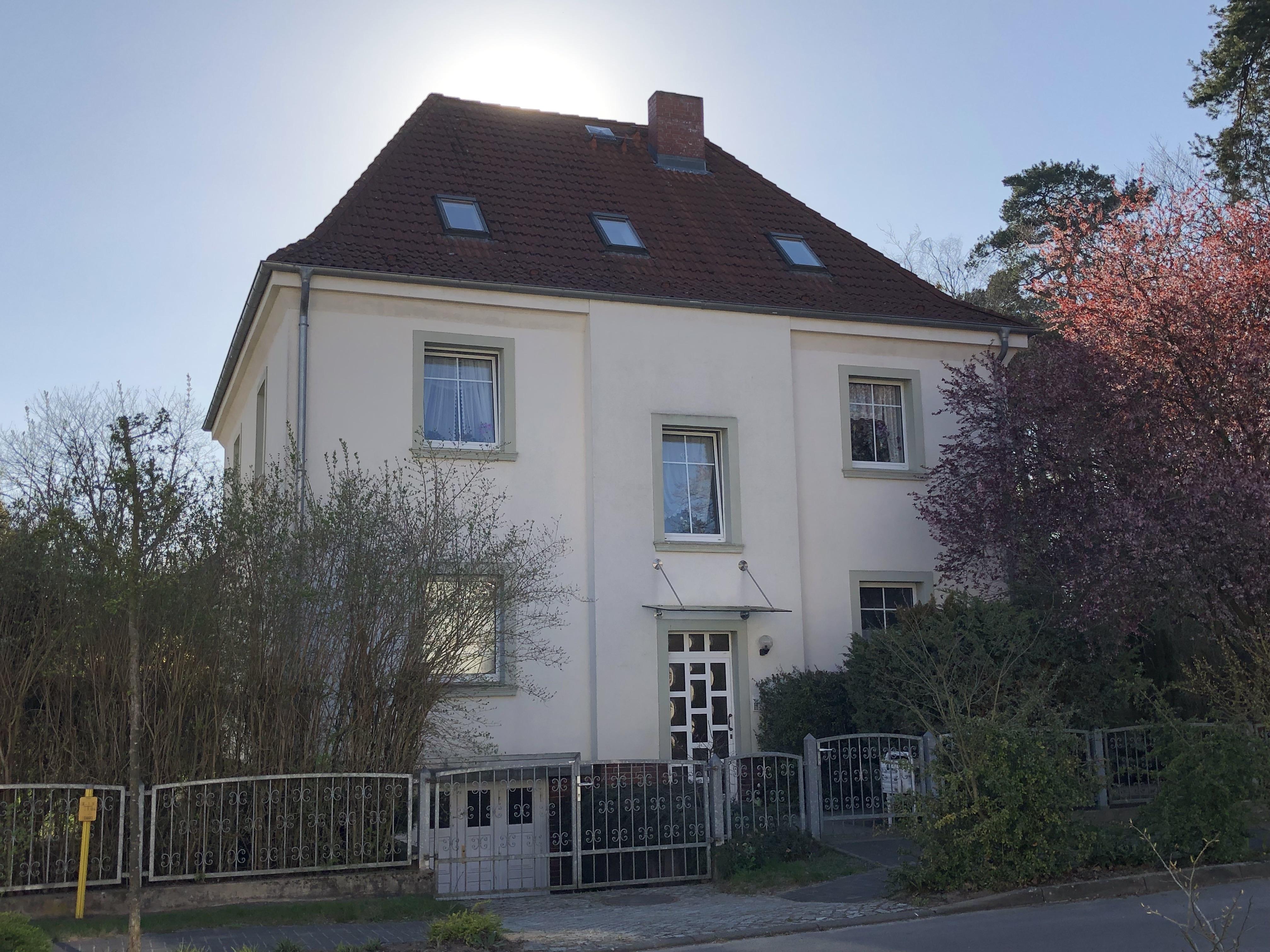 Emil-Kraepelin-Straße 11