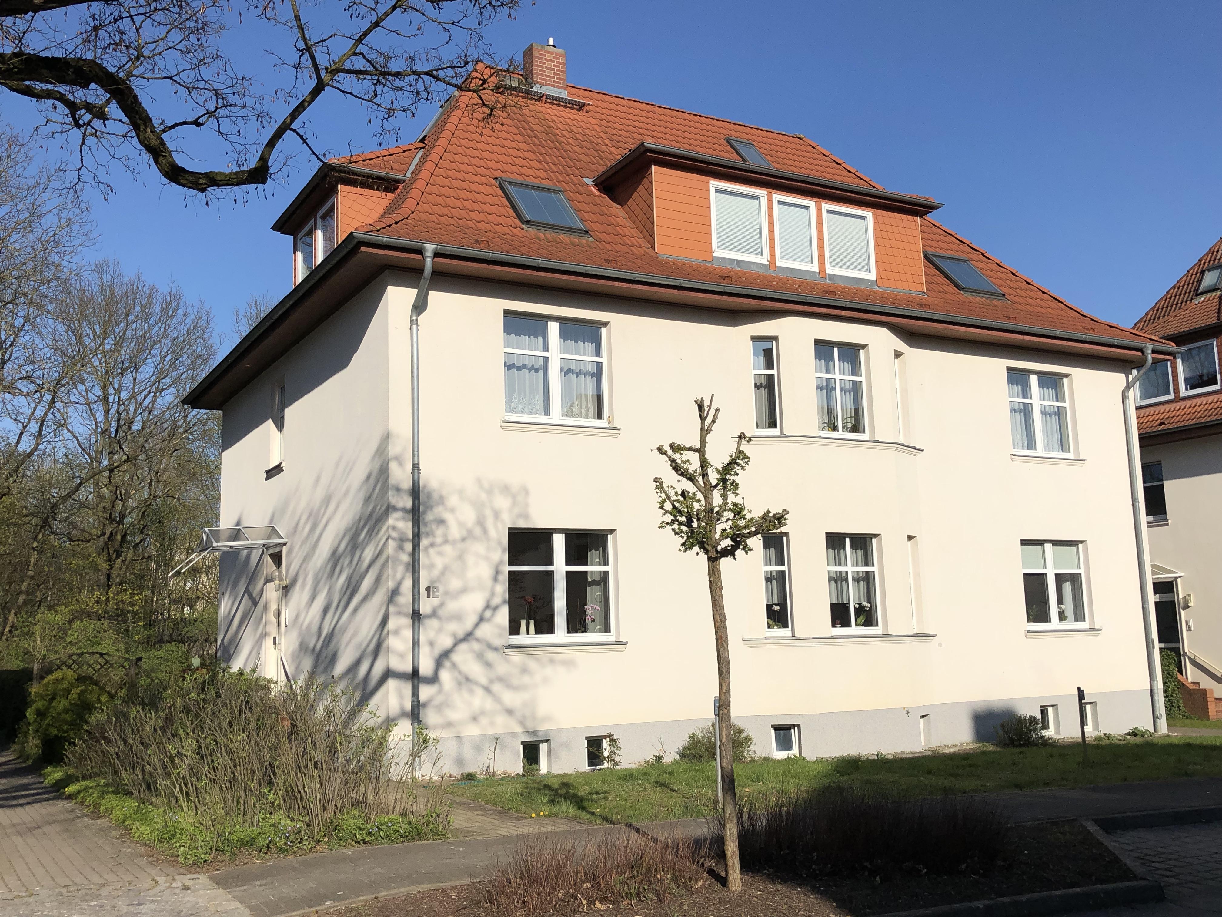 Emil-Kraepelin-Straße 12