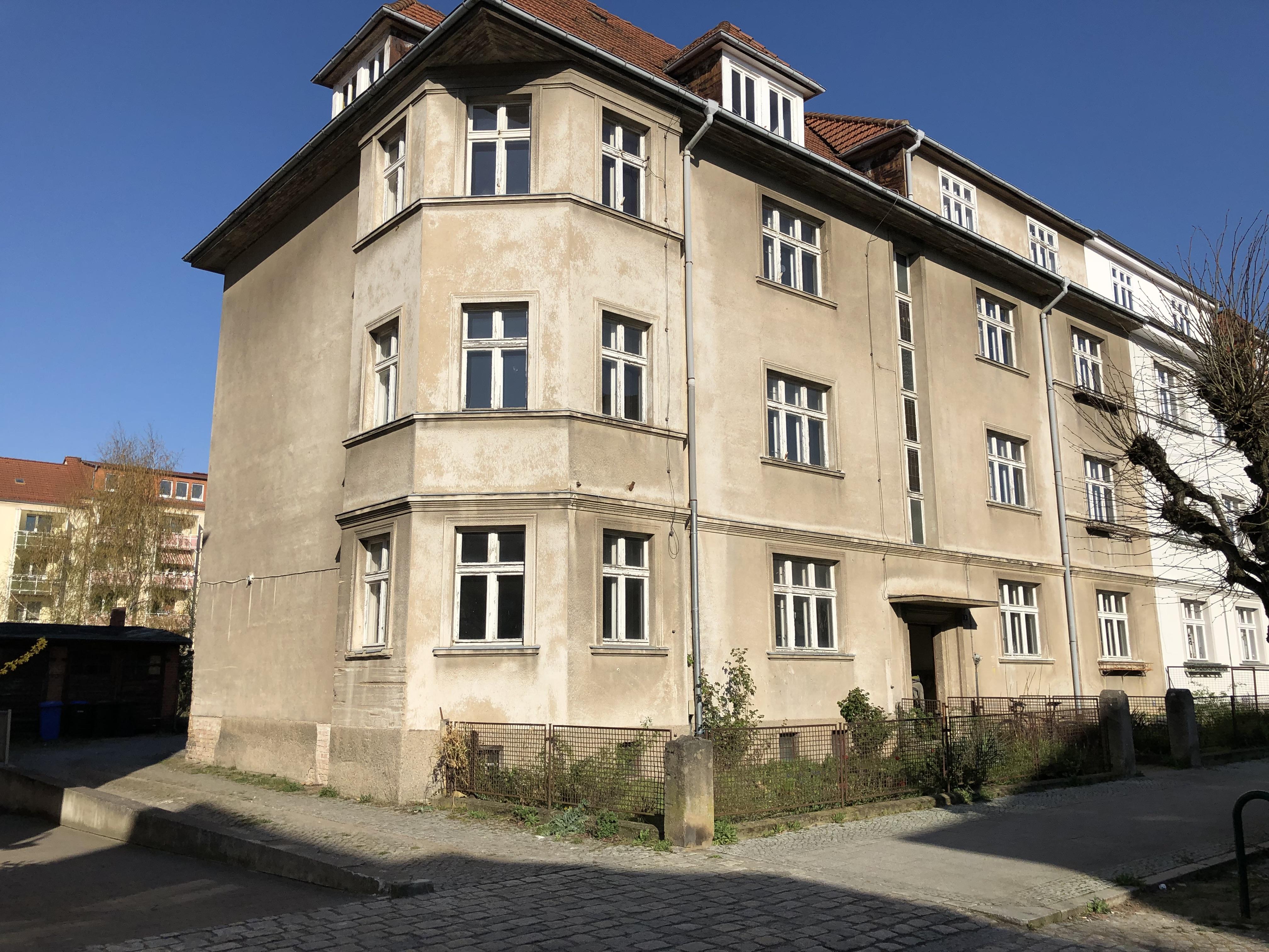Twachtmannstraße 3