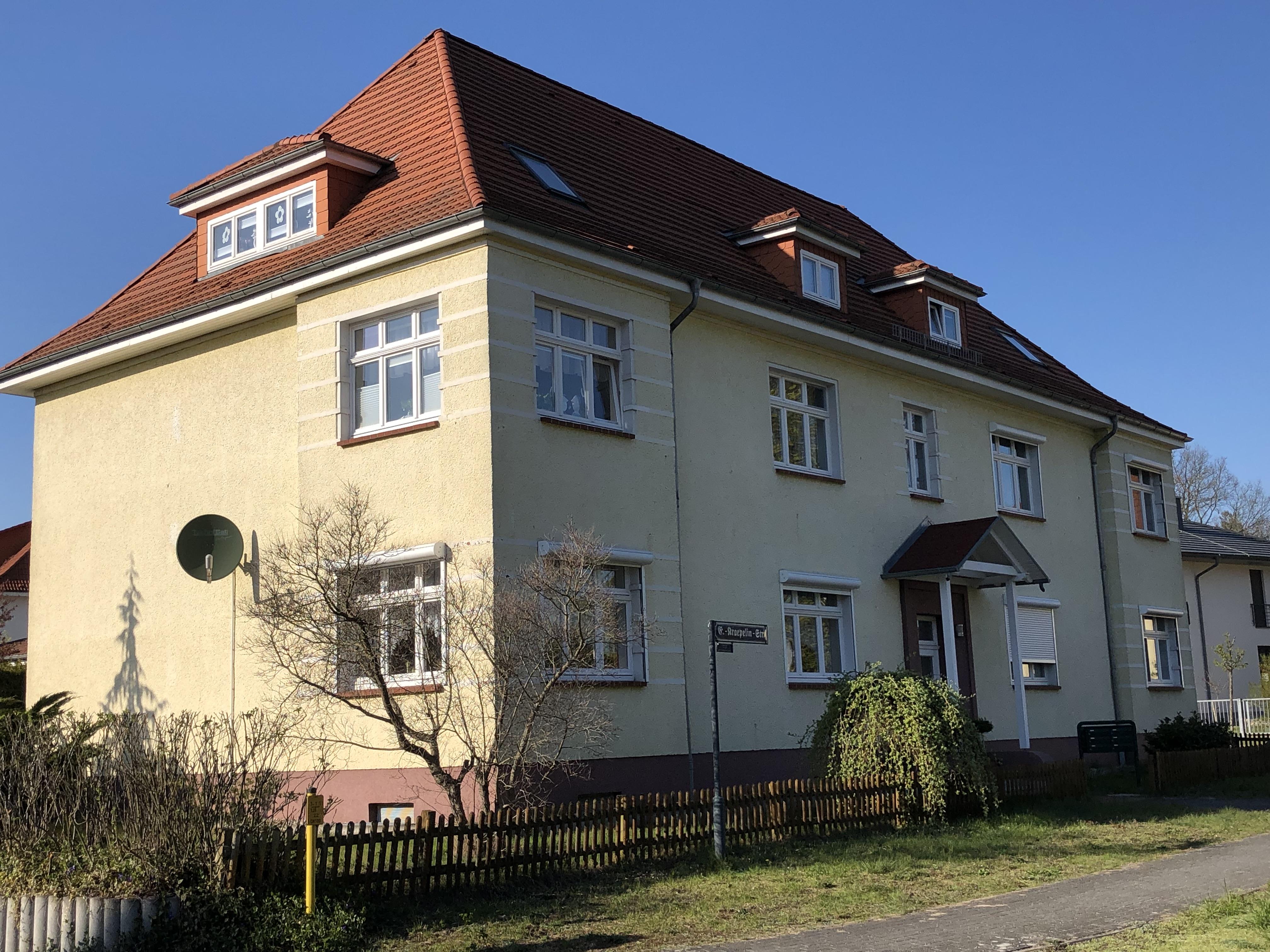 Emil-Kraepelin-Straße 1
