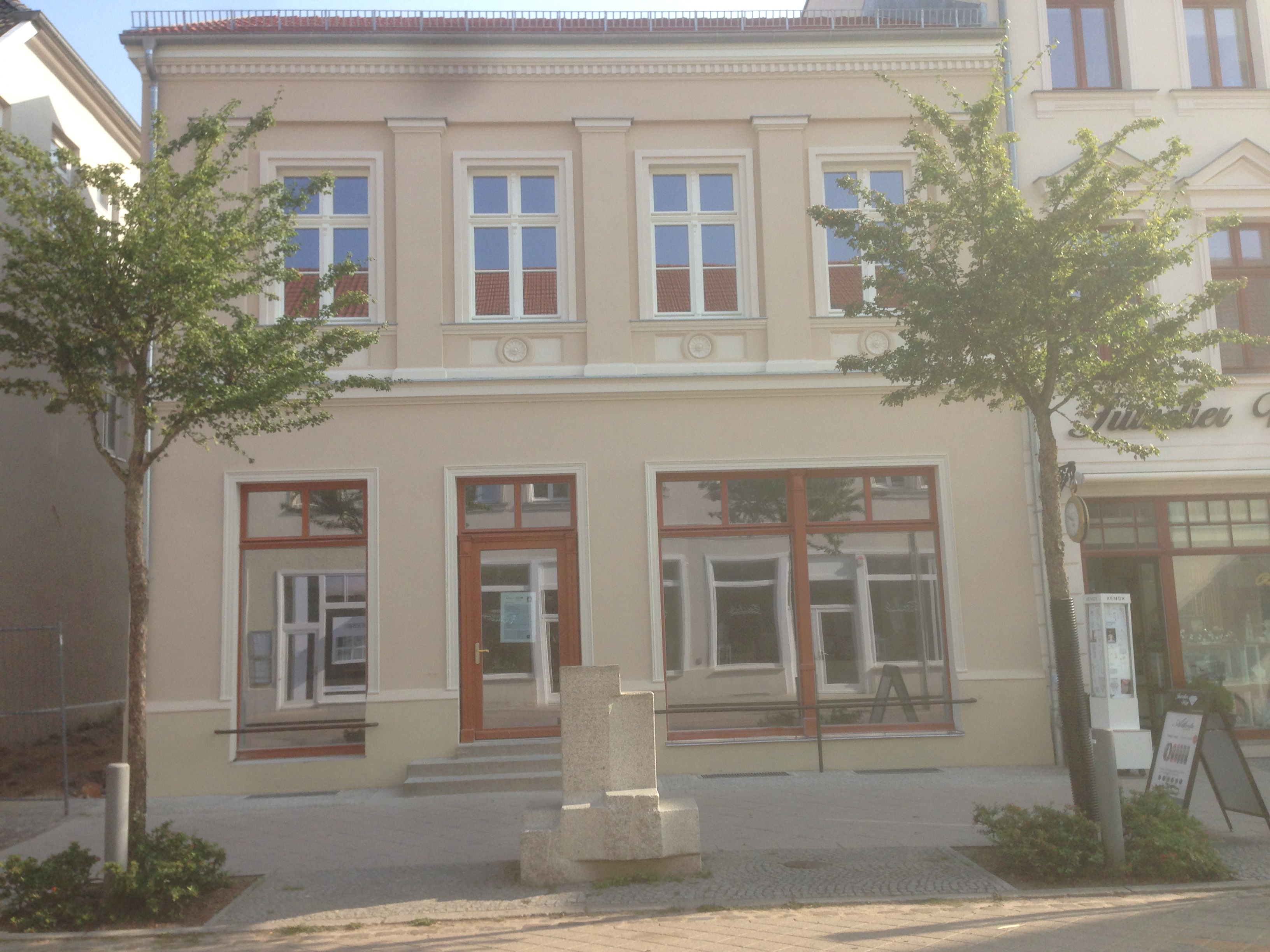 Strelitzer Straße 11